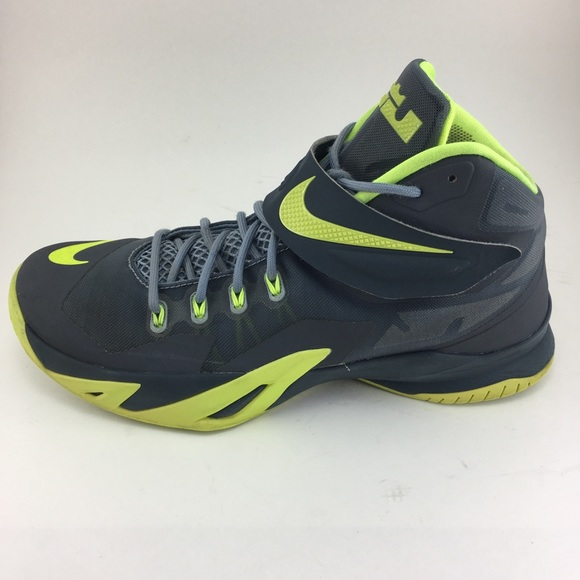... Lime Green Hi top shoe. M 5ab08fb76bf5a6f40f772ddd bc306ba71